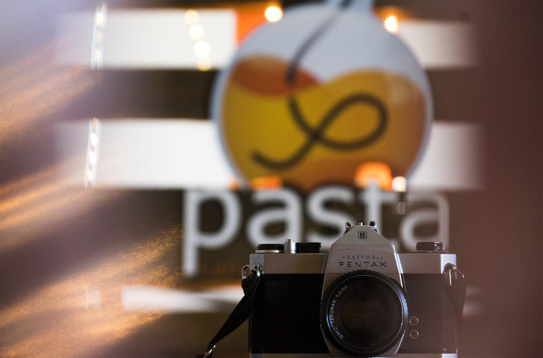 <a class=&quot;amazingslider-posttitle-link&quot; href=&quot;http://www.pastalaboratorio.com/tus-ojos-nuestra-camara/&quot;>Tus ojos, nuestra cámara</a>